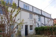 3 bedroom Terraced house in Weald Close, BARCOMBE...