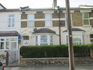 1 bedroom Flat to rent in Caistor Park Road, London