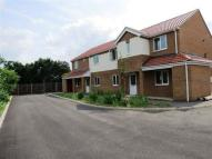 2 bed Flat to rent in Swallowbeck Court...