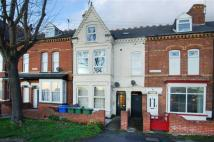4 bedroom Flat in 56, Bessingby Road...