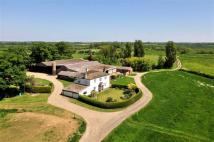 5 bedroom Character Property in Copper Hall Farm...