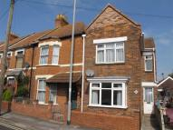 End of Terrace property to rent in Adam Street...