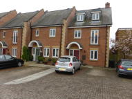 Town House to rent in MARQUESS COURT, Bourne...