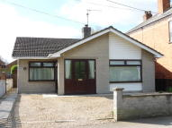 Detached Bungalow in Coggles Causeway, Bourne...