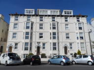 Flat to rent in Balmoral Court...
