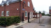 2 bed Apartment to rent in Hempsted Lane