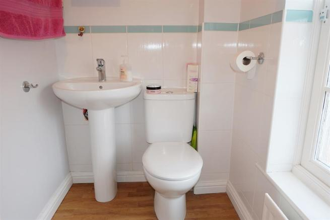 2nd view en-suite