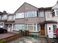 2 bed Terraced house in Dorchester Avenue...