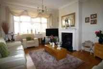 4 bed Terraced property in Halfway Street, Sidcup...