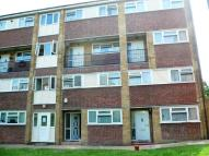 Maisonette in Etfield Grove, Sidcup...