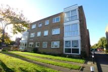 Flat in Highview Road, Sidcup...