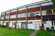 3 bed Town House to rent in Halfway Street, Sidcup...