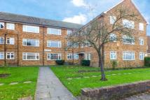 Flat to rent in Longlands Road, Sidcup...