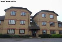1 bed Flat for sale in Hirondelle Close...