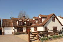 4 bed Detached house in Brickmakers Arms Lane...