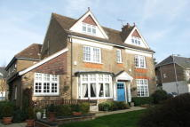 3 bed Flat for sale in Milton Road, Harpenden...