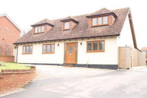 4 bed Detached home for sale in 77 Dunstable Road...