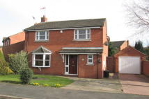 4 bedroom Detached house in Heards Close...