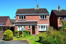 4 bed Detached property in Drayton Grove...