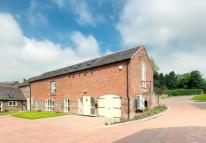 Barn Conversion to rent in Salt's House, Standon...