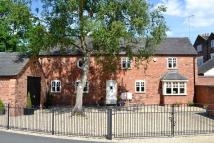 Detached home in Dunstone Court...