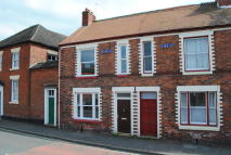 2 bedroom Terraced property to rent in Shrewsbury Road...