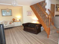 4 bed semi detached house in The Causeway, Steventon...