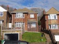 3 bed Detached home in Peppercombe Road...