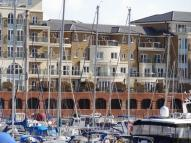 4 bedroom Town House in Hamilton Quay...