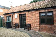 Bungalow to rent in Westgate, Sleaford...