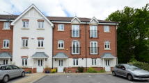 3 bed Town House in Perigee, Shinfield Park