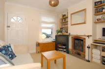 2 bed Terraced house to rent in Mount Pleasant