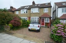6 bedroom semi detached home to rent in Sefton Avenue, Mill Hill