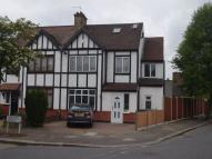 5 bedroom semi detached property to rent in Derwent Avenue, Mill Hill