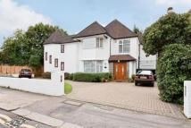5 bed Detached property in Wayside, Golders Green...
