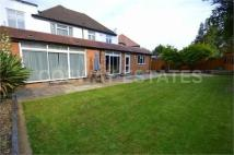 Carlton Close Detached house to rent