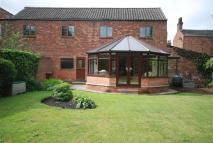3 bed property in High Street, Epworth...
