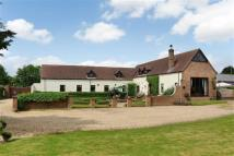 Detached home for sale in Royalty Lane...