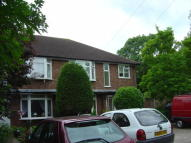 Ground Maisonette to rent in Algers Mead, Loughton...