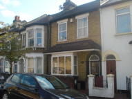 Elm Road Terraced property to rent