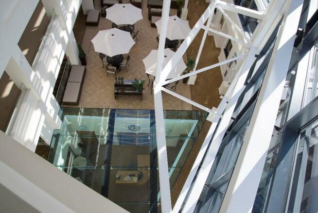 Atrium/Glass roof