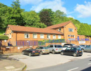 property to rent in Bronzeoak Business Centre,