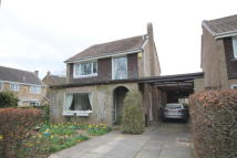 3 bedroom Detached home to rent in HADLEIGH CLOSE...
