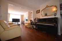 3 bed End of Terrace house in Sherwood Park Road...