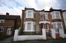 Flat to rent in Broseley Grove, Sydenham...