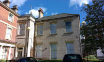 Flat to rent in Park Street, Worksop...
