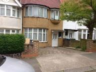 Flat to rent in Topsham Road, London...