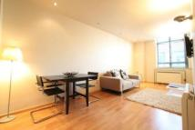2 bed Flat to rent in Gloucester Road, London...