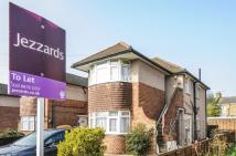 2 bed Maisonette to rent in Millbourne Road...
