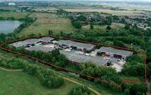 property to rent in Unit 8 Saxon Way Trading Estate, Harmondsworth, UB7